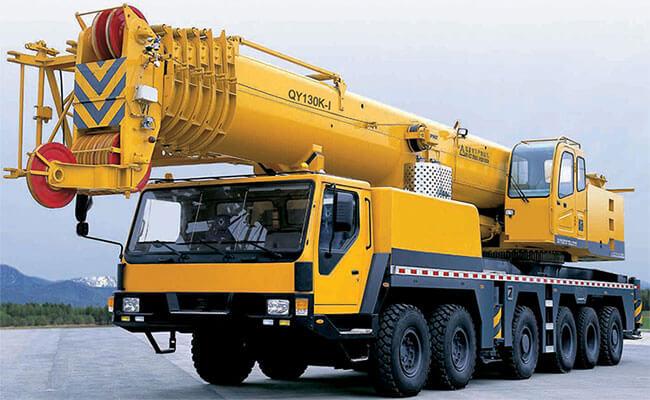 Mobile Crane Operator
